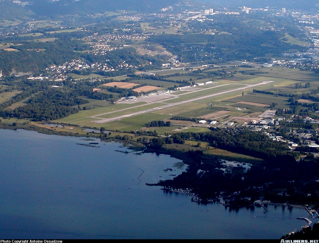 Lflb airport information location and details for Info aix les bains