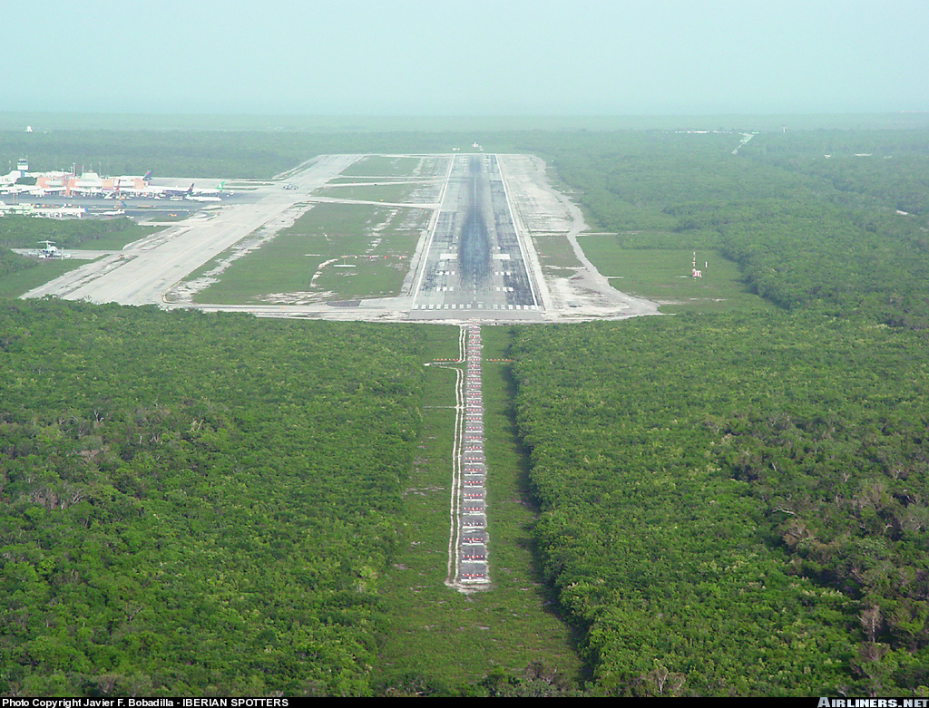 Aeroporto Yucatan : Mmun airport information location and details